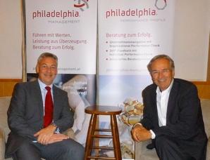 Erich Cibulka mit Wolfgang Bachmayer beim Drachentöter-Dialog